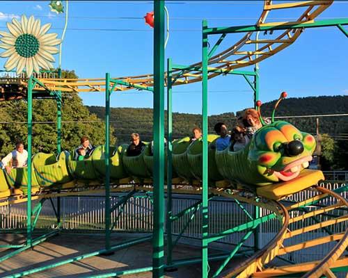 china amusement wacky worm roller coaster